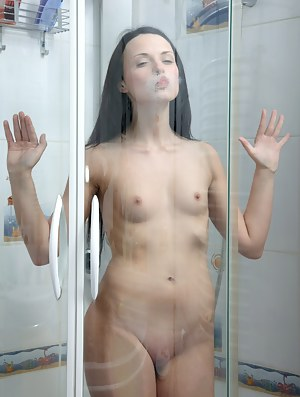Naked Teen Shower Porn Pictures