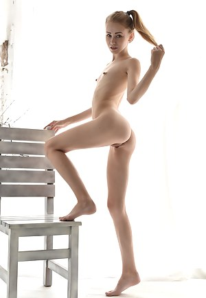 Naked Petite Teen Porn Pictures