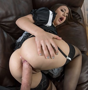 Naked Teen Maid Porn Pictures