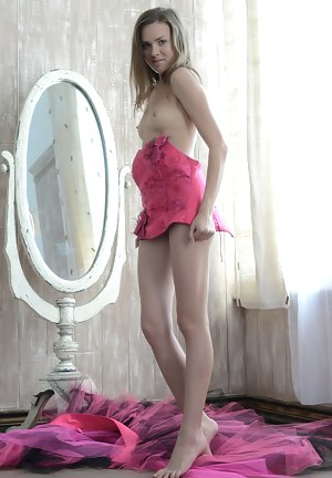 Naked Teen Legs Porn Pictures