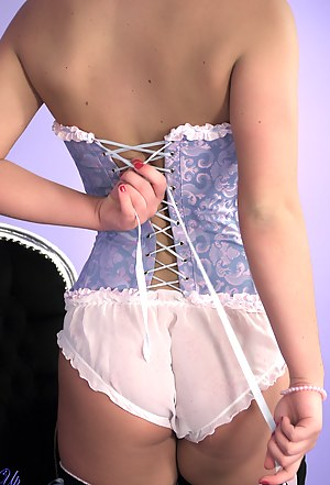 Naked Teen Corset Porn Pictures